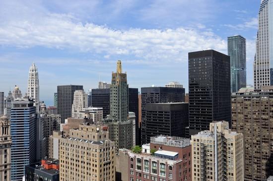 8-e-randolph-loop-condos-joffrey-tower-chicago-4