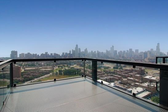 9-860-west-blackhawk-condos-high-rise-chicago-lincoln-park