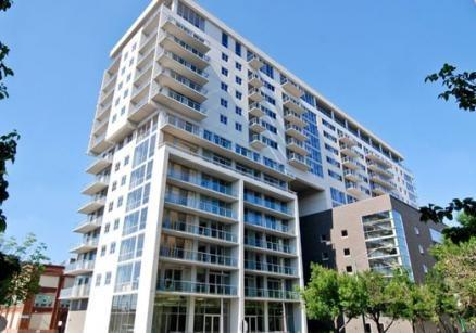 910 W Huron Mondial River West Modern Chicago Homes